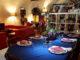 Nella foto sfondo del ristorante pizzeria Cantanapoli