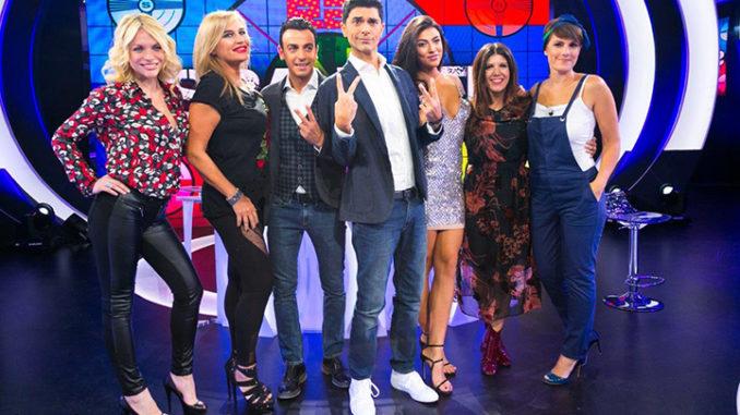 Nella foto il cast di Sbandati (Ph. Marco Sommella)