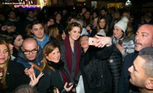 Bagno di folla Paola Cortellesi (Ph Marco Sommella)