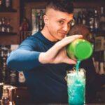 """La parola a Michele Piagno (barman, Enoteca Vecchia Pretura – Codroipo UD): """"Un libro per raccontare la magia dei cocktail e della notte, oggi che tutto è fermo"""""""