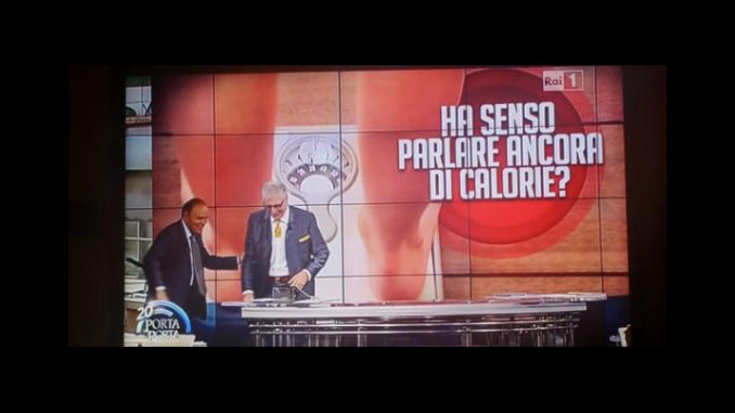 In una foto di scena storica trovata sul web di Porta a Porta, Alberico Lemme e Bruno Vespa
