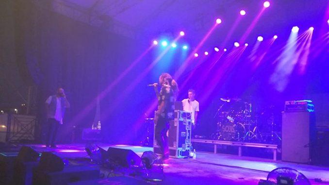 Momento del concerto dei Soja al Beky Bay di Rimini